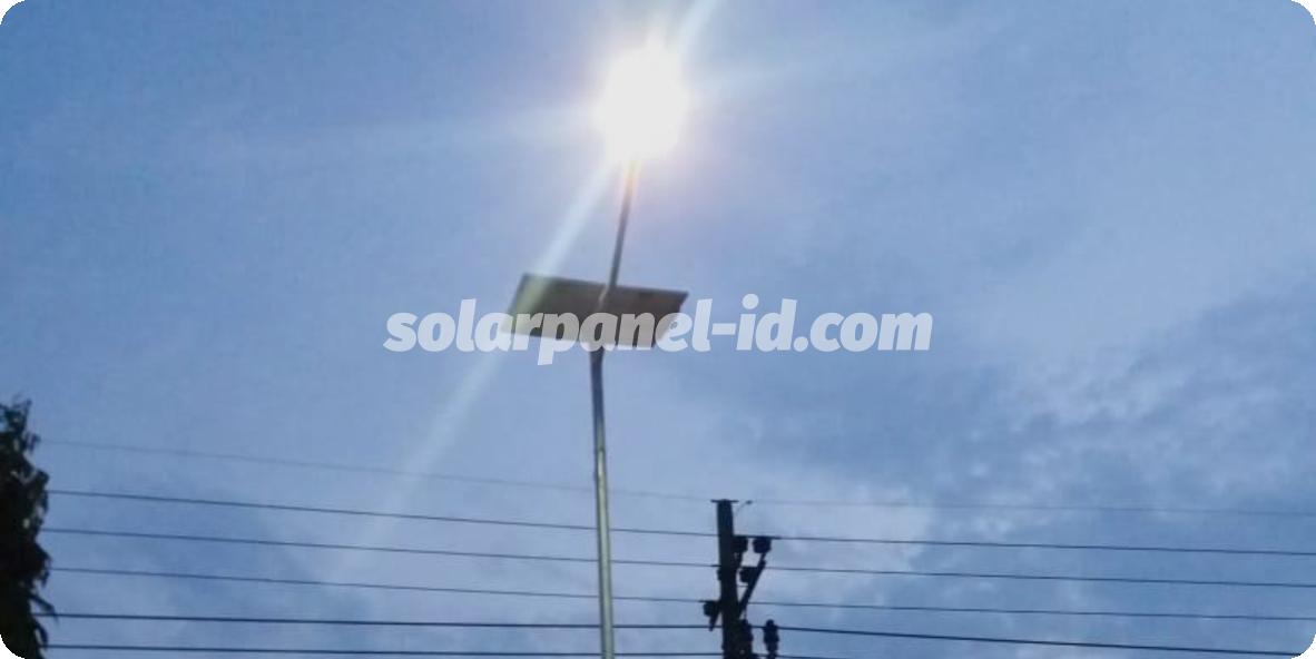 lampu jalan tenaga surya samarinda
