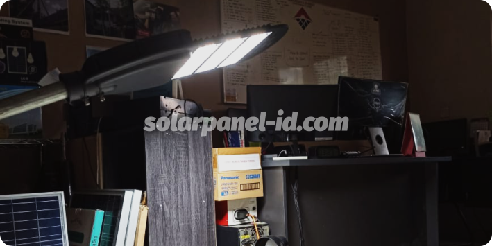 lampu pju solarcell two in one 60 watt