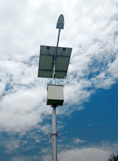 jual pju tenaga surya 2in1 osram 60 watt murah